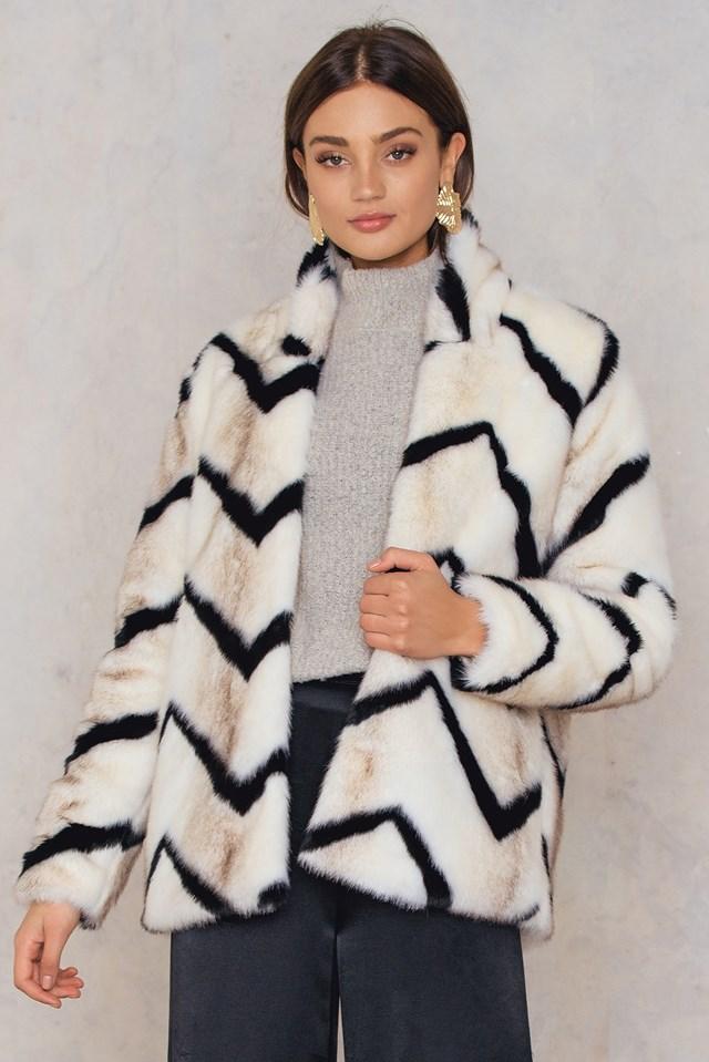 Trisha Fur Coat Black/White