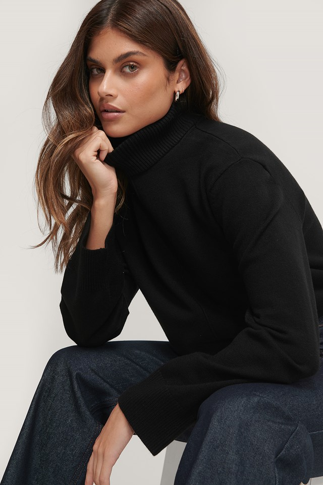 High Neck Knitted Sweater Black