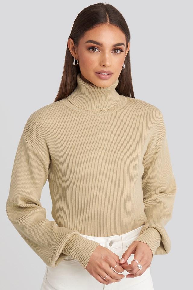 Sweter Z Golfem Beige