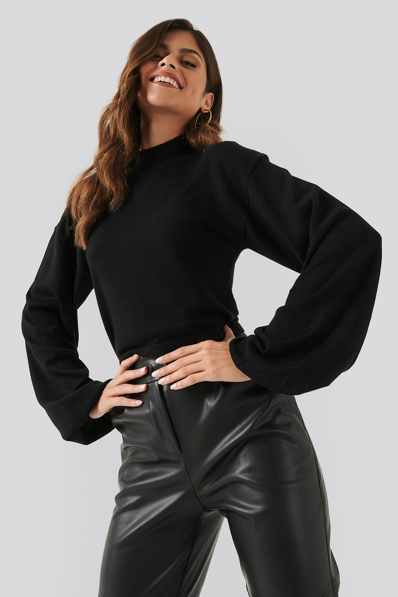 Black Balloon Sleeve Cropped Sweater