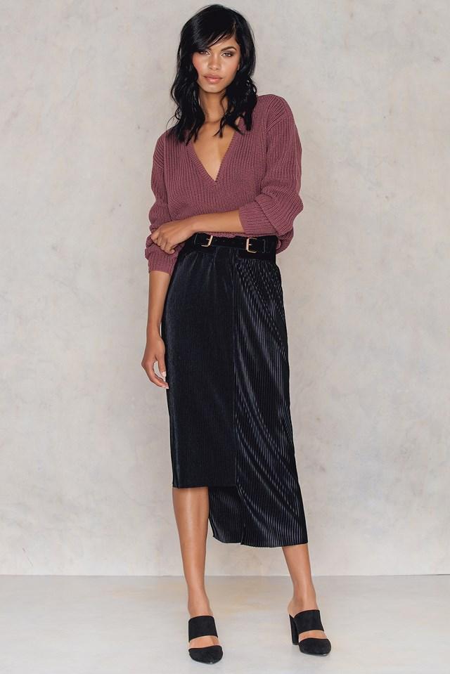 Pleated Asymmetric Skirt Black