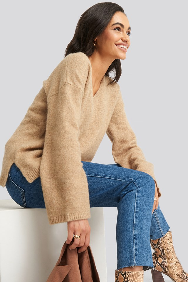 Alpaca Knitted V-Neck Sweater Beige