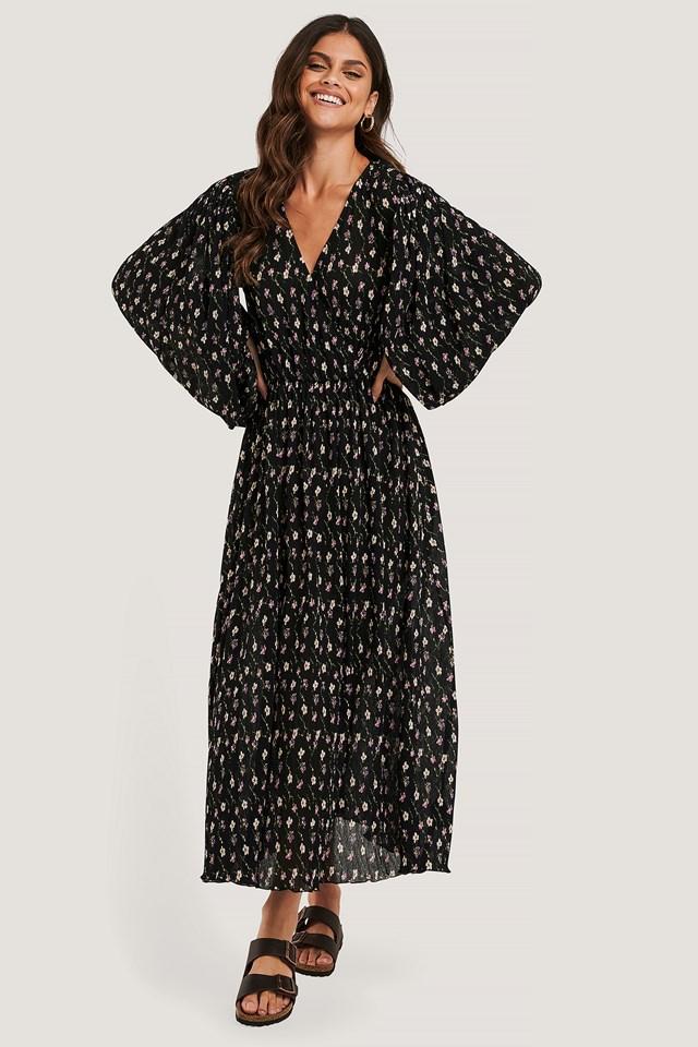 Black Flower Balloon Sleeve Overlap Structured Dress