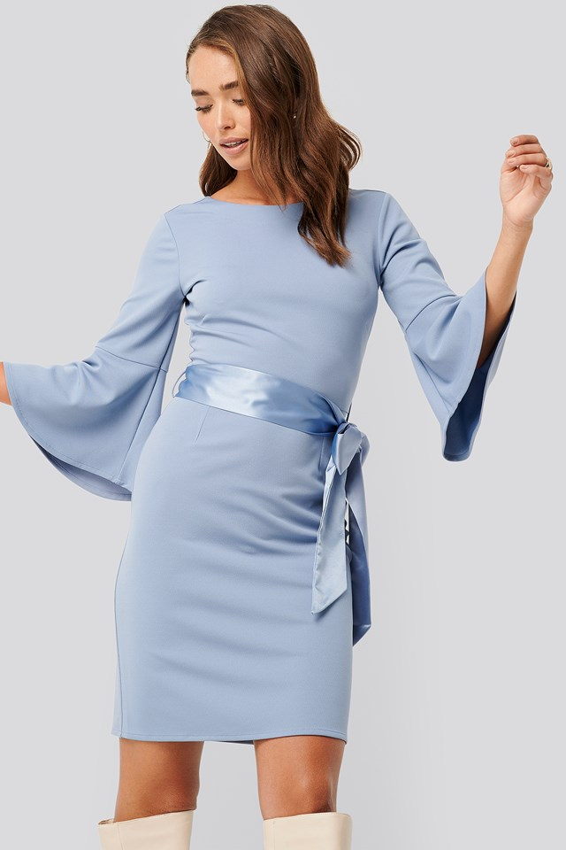 Belted Flute Sleeve Bodycon Dress Blue