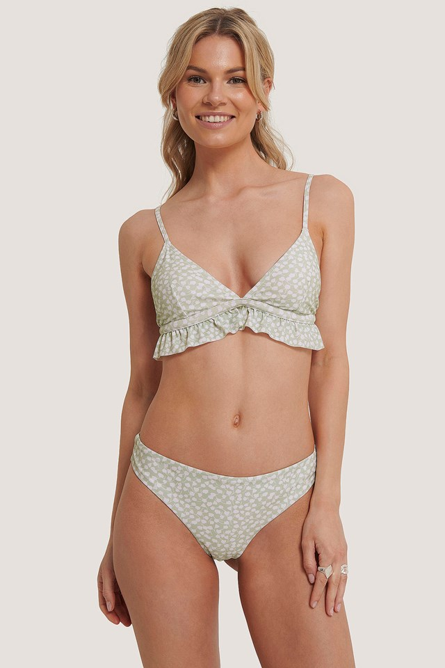 Bikini Bottom White Flower