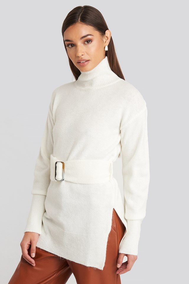 Buckle Belt Knitted Sweater Offwhite