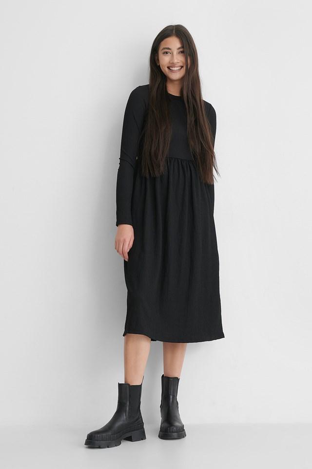 Crepe Hem Midi Dress Black