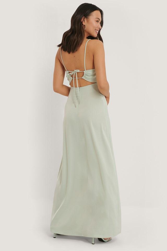 Mint Satynowa Sukienka Z Krzyżowanymi Wiązaniami Z Tyłu