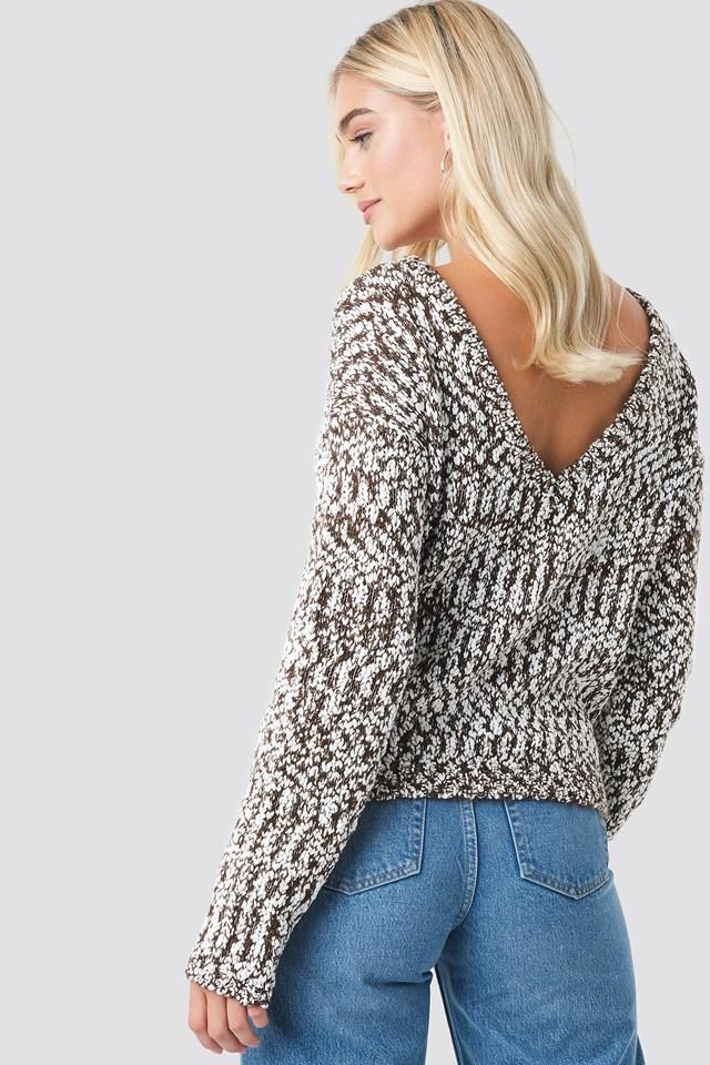 Sweter Odsłaniający Plecy Brown/White