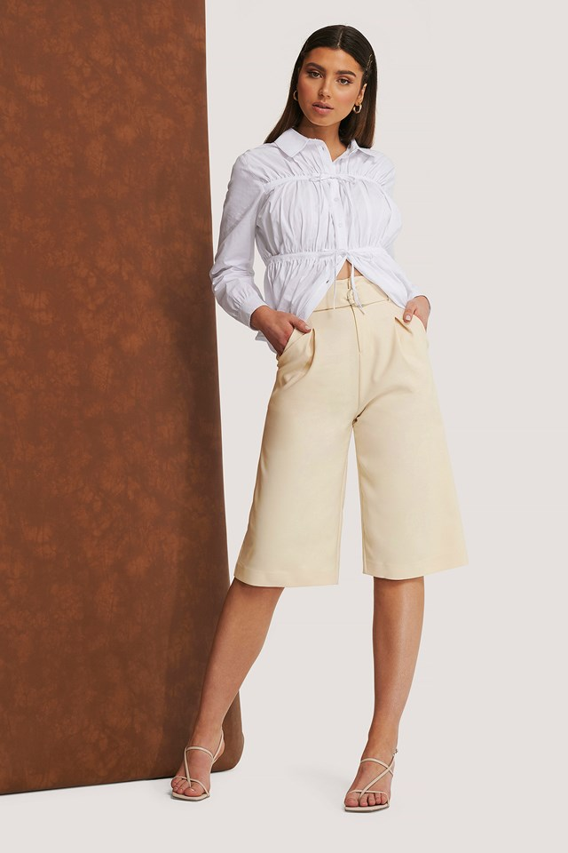 Draped Bermuda Shorts Light Beige