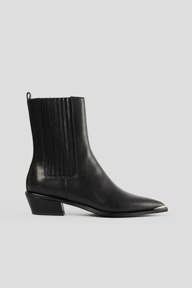 Black Edgy Western Chelsea Boots