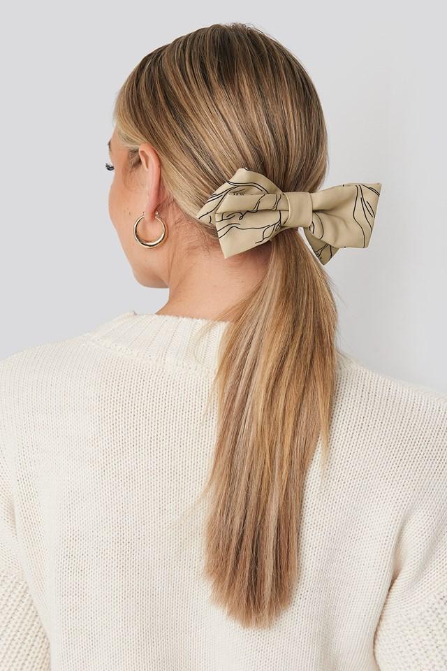 Floral Lines Hair Clip Beige