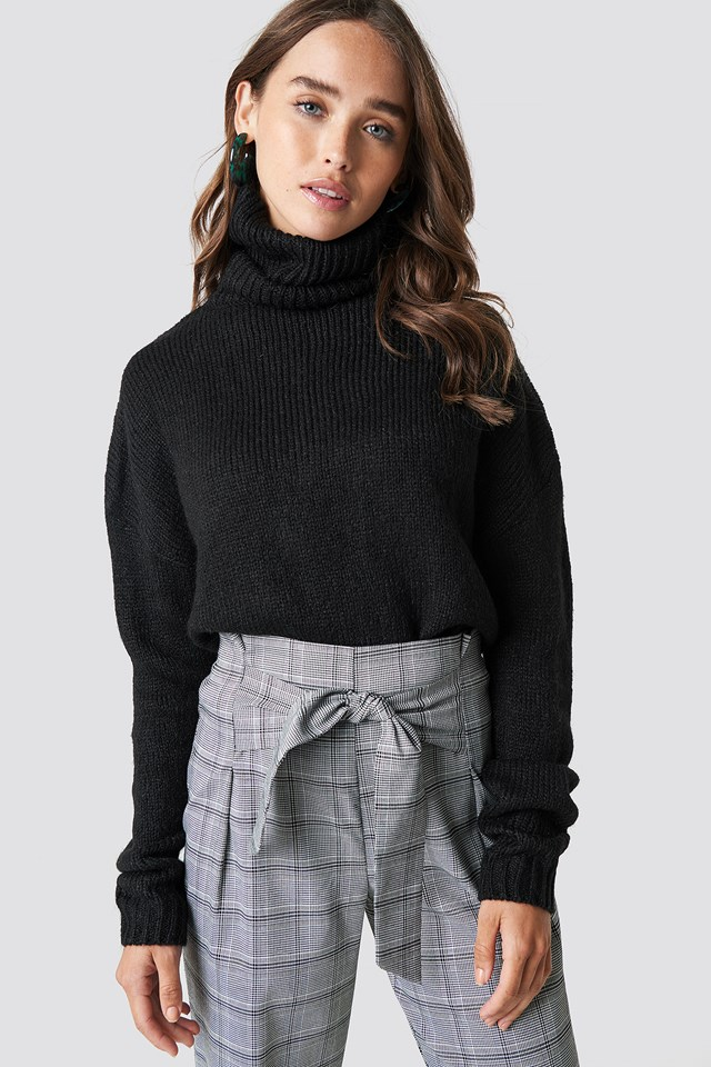 Folded Oversize Short Knitted Sweater Black