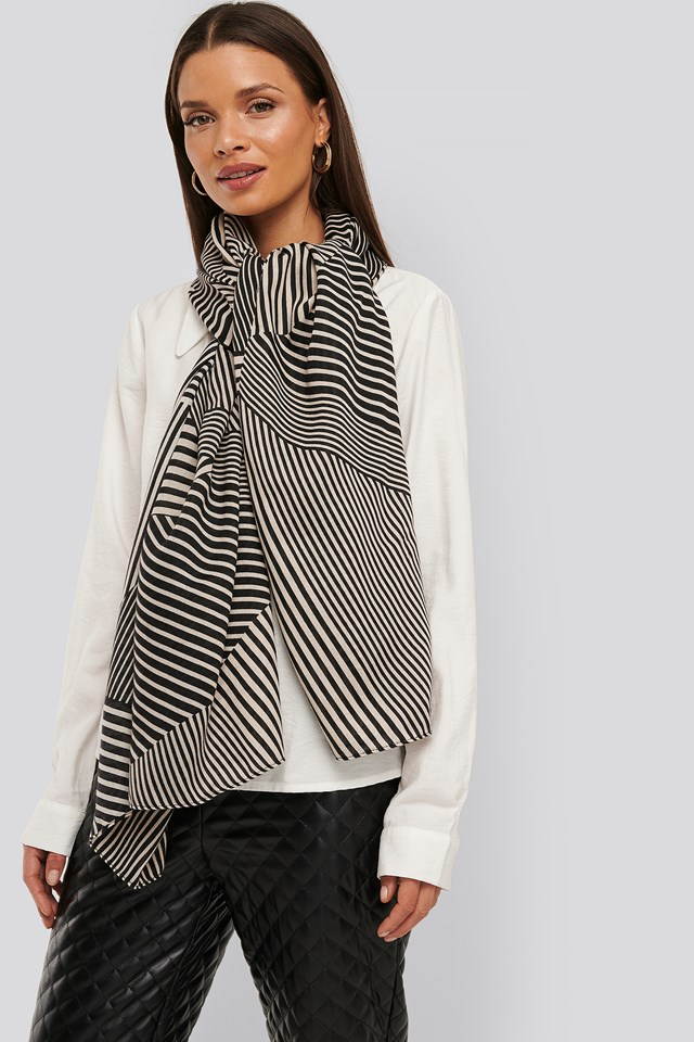 Graphic Patterned Big Woven Scarf Black/Nude