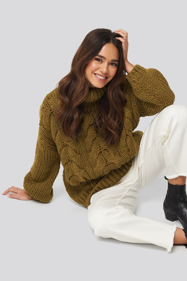 Wool Blend High Neck Heavy Cable Knitted Sweater Green