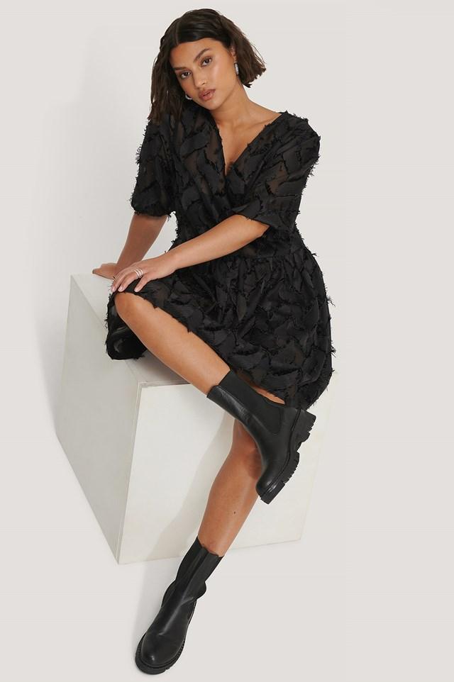 Jacquard Effect Flowy Dress Black