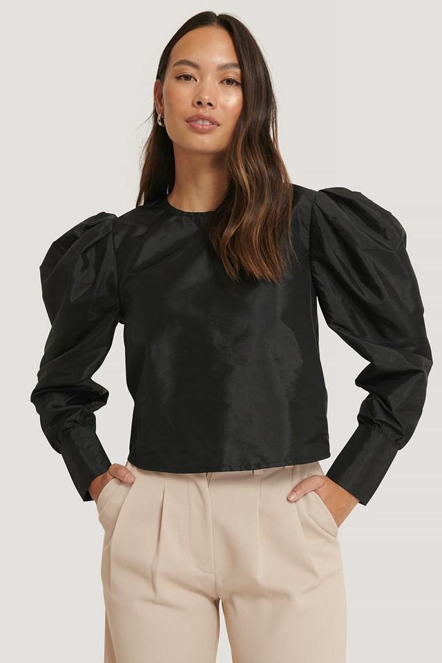 Long Cuff Round Neck Blouse Black