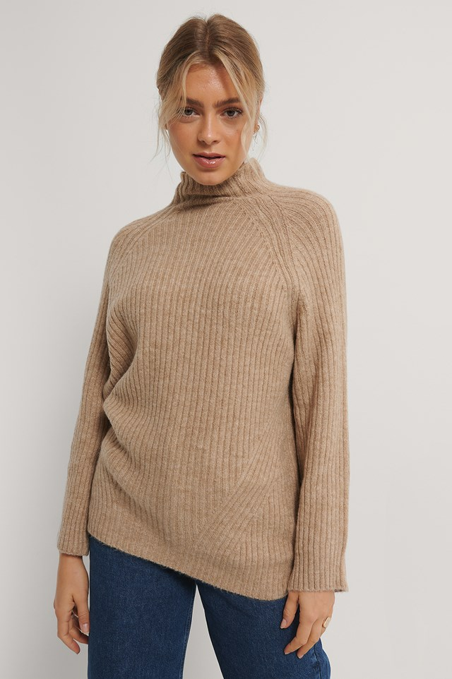 Long Knitted Sweater Beige