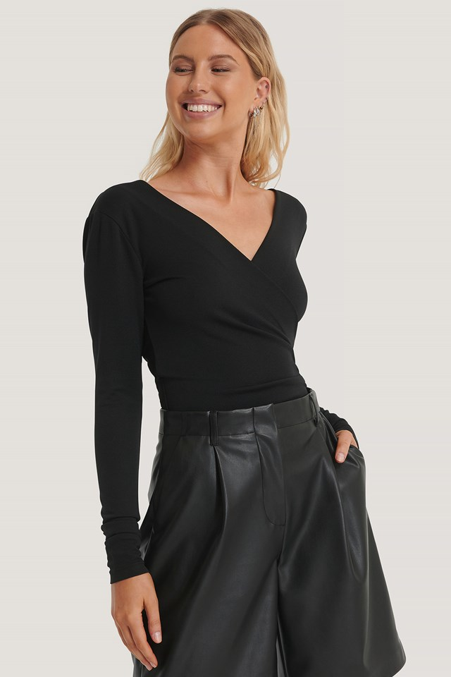 Long Sleeve Overlap Body Black