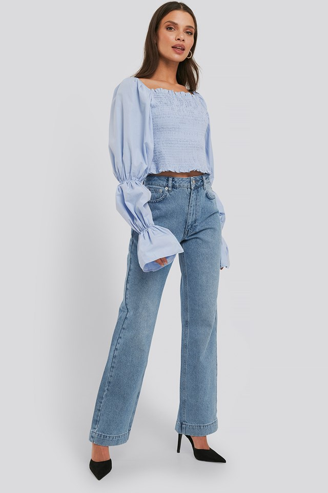 Light Blue Wash Mid Rise Straight Leg Jeans