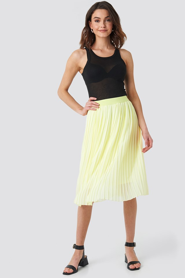 Pale Yellow Midi Pleated Skirt