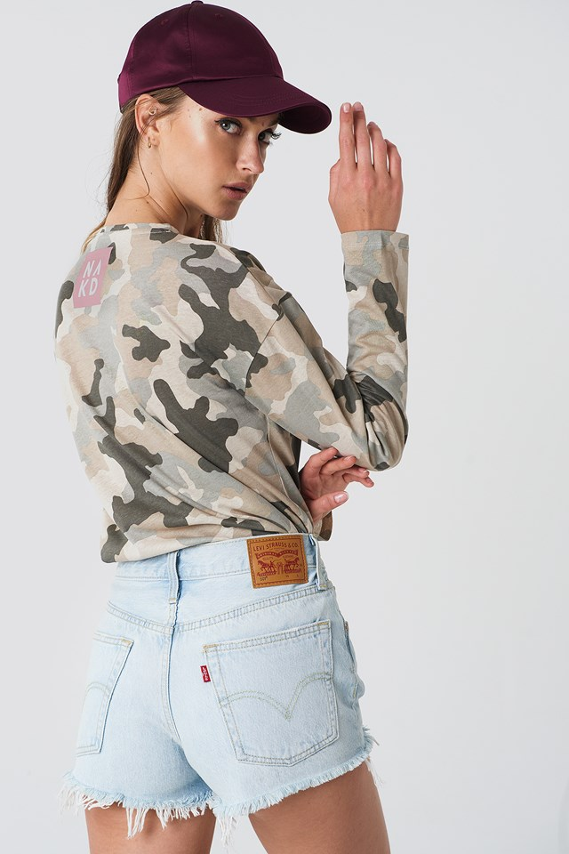 Neck Logo LS Top Camo