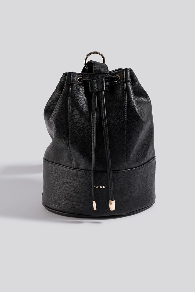 One Strap Bucket Bag Black