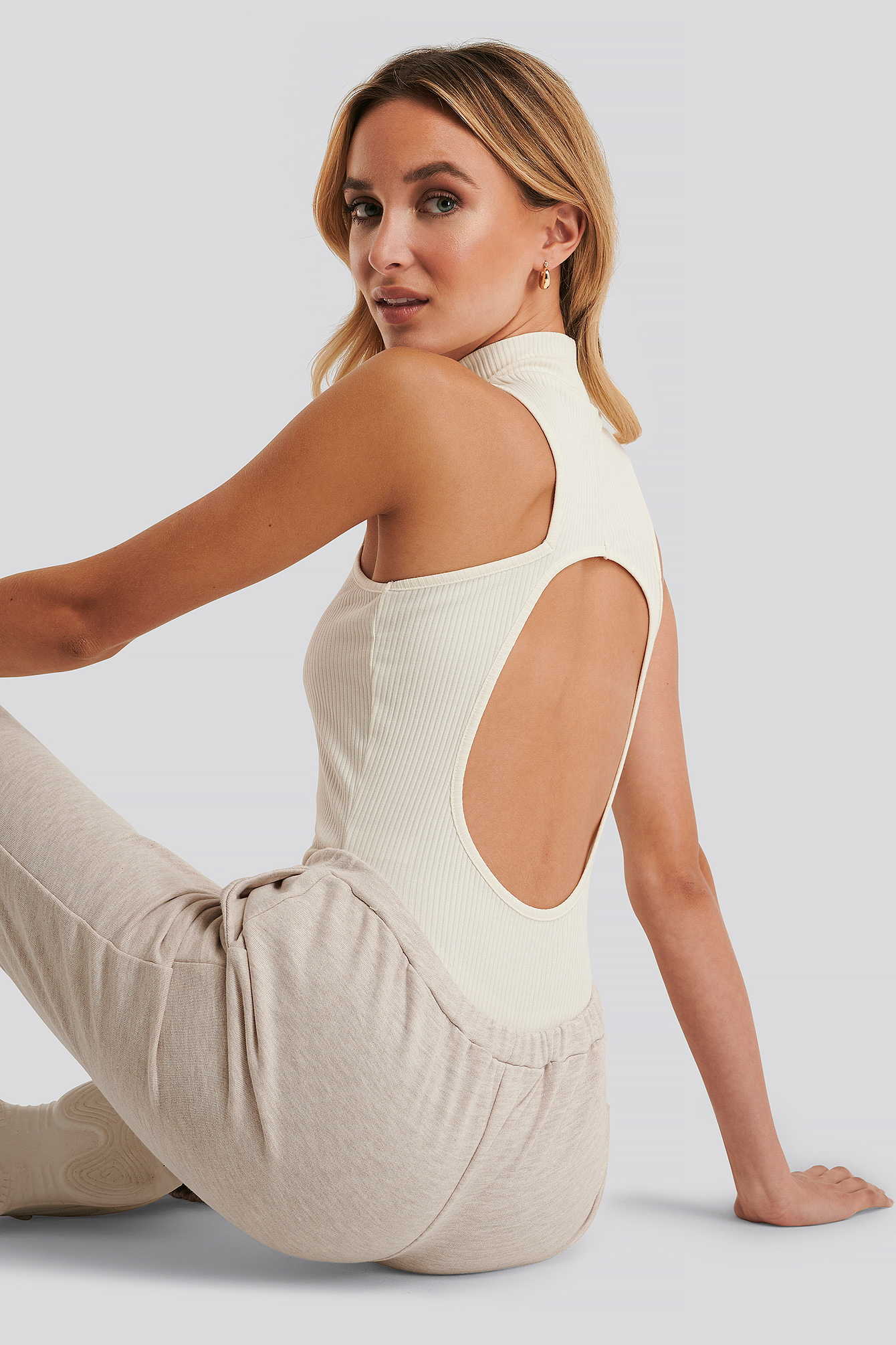 Offwhite Open Back Rib Body