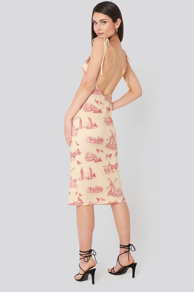 Print Sukienka Bez Wcięcia W Talii