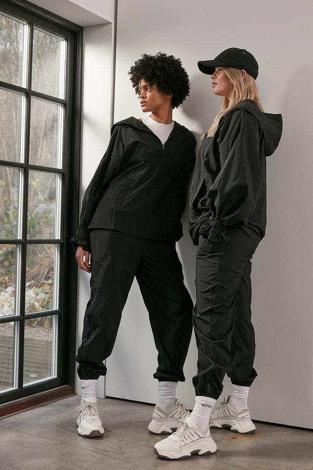 Oversized Half Zip-up Windshell Jacket Black