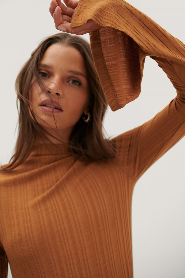 Slit Wide Sleeve Ribbed Top Rust