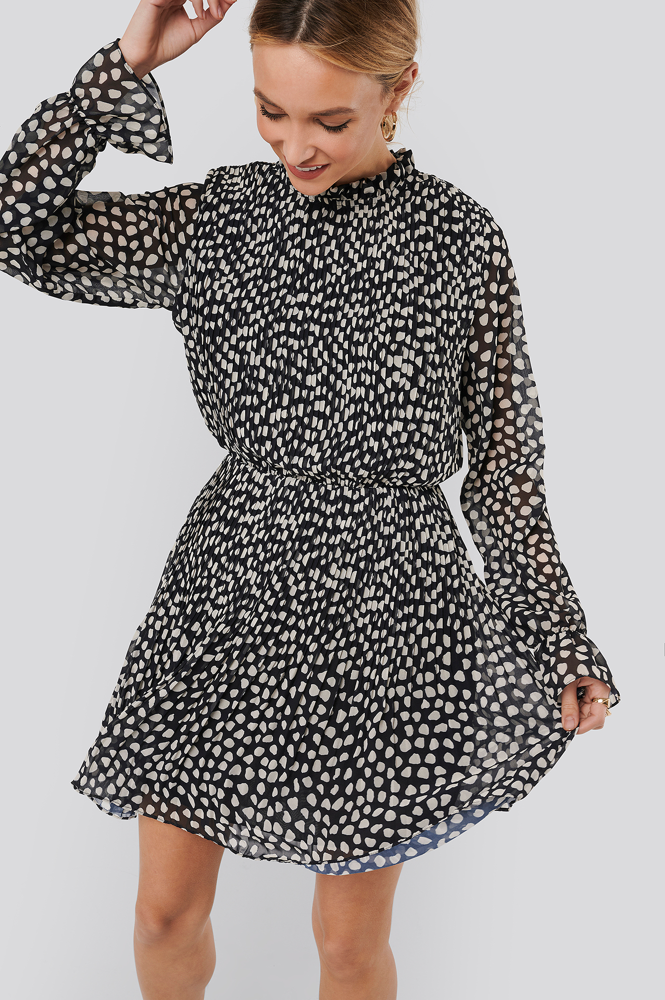 Dots Pleated Elastic Waist Dress