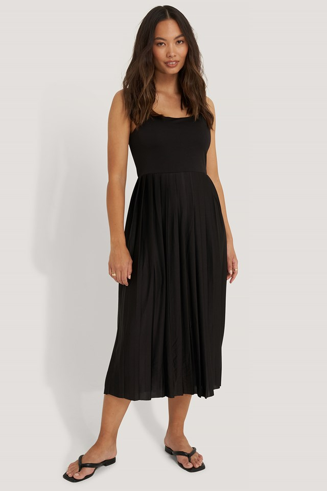 Pleated Strap Dress Black