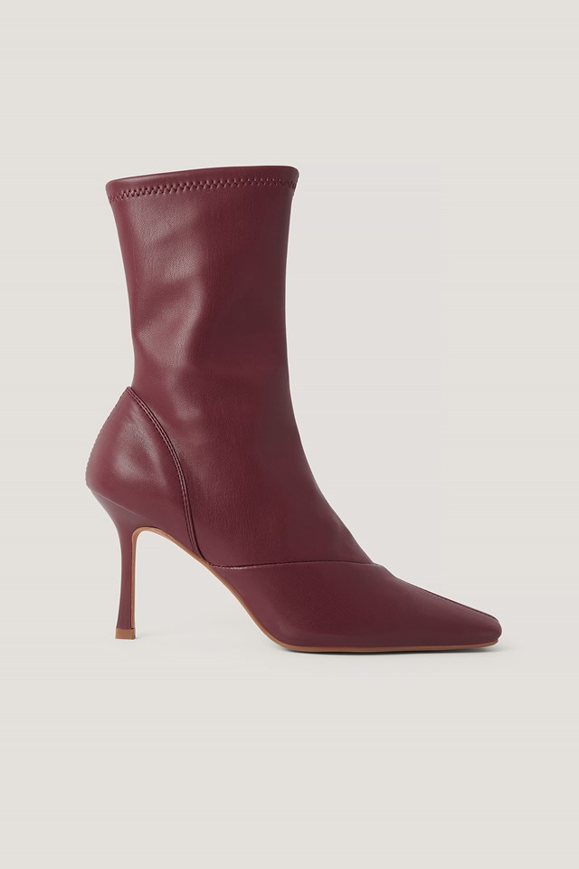 Pointy Hourglass Boots Wine Red