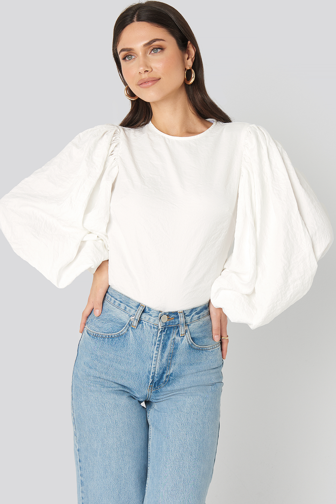 White Puff Sleeve Round Neck Top