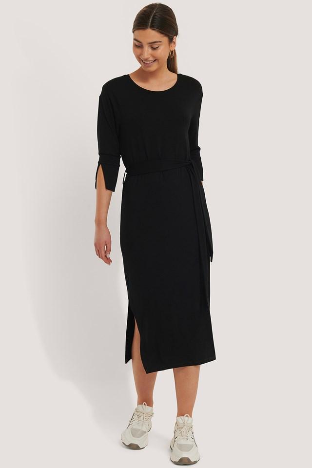Black Przepasana Sukienka Z Rozcięciem Z Boku