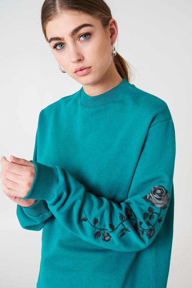 Rose Embroidery Sleeve Sweater Petrol