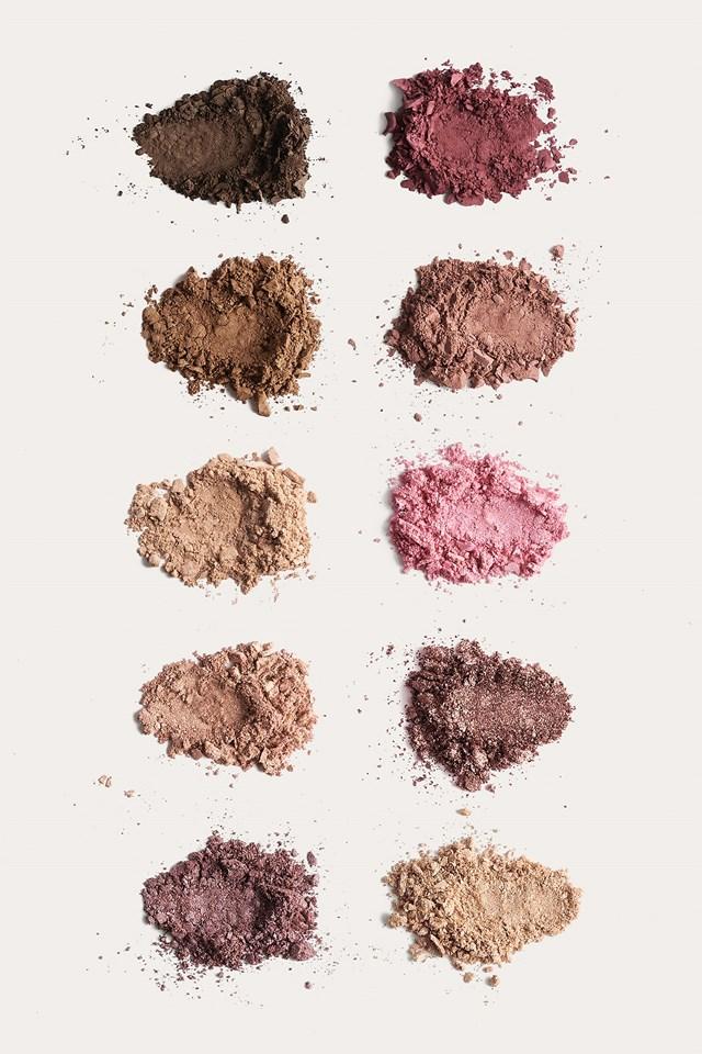 Multicolor Rose Eyeshadow Palette