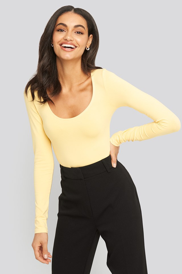 Round Neck Body Light Yellow