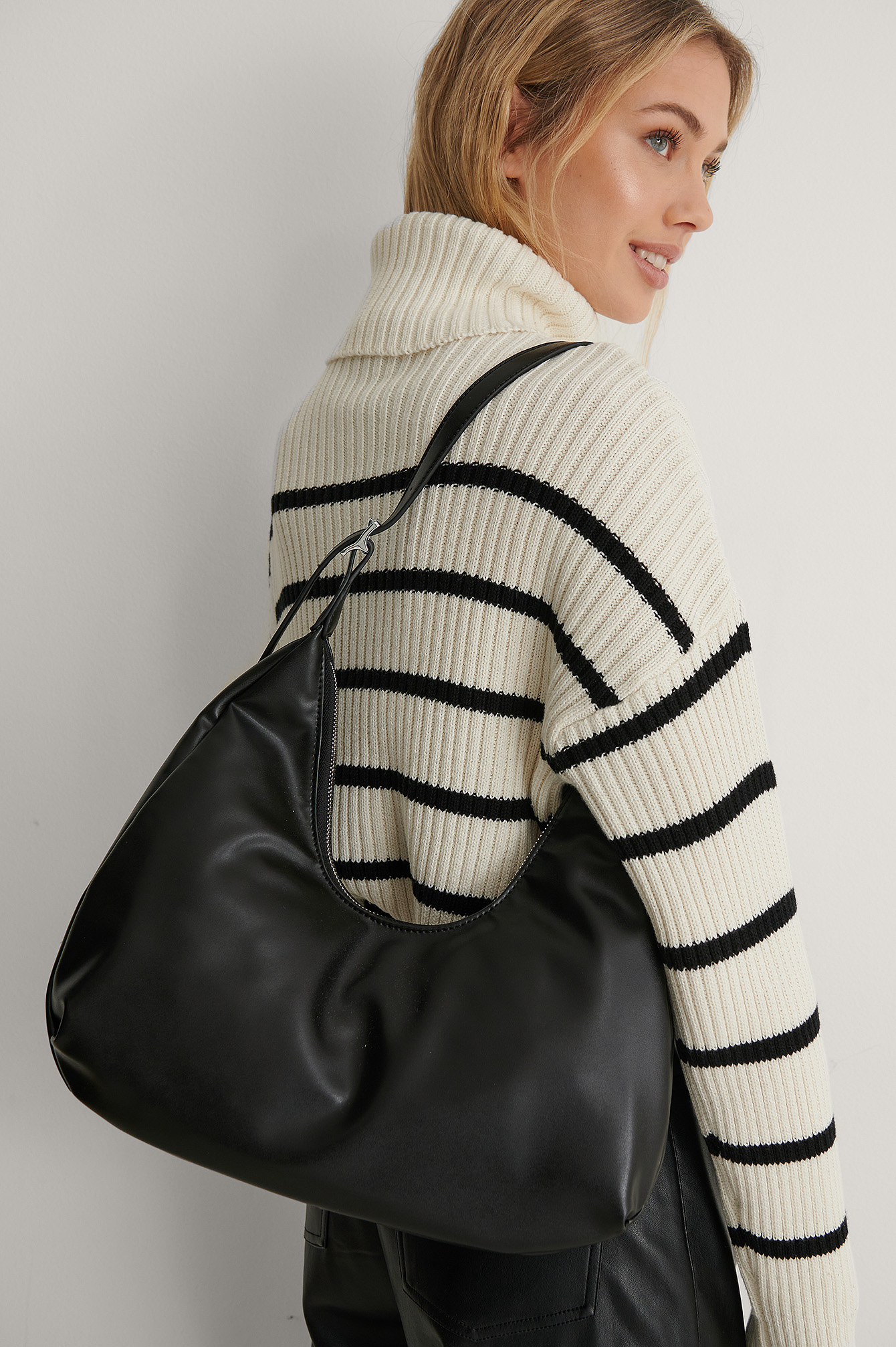Black Rounded Shoulder Bag