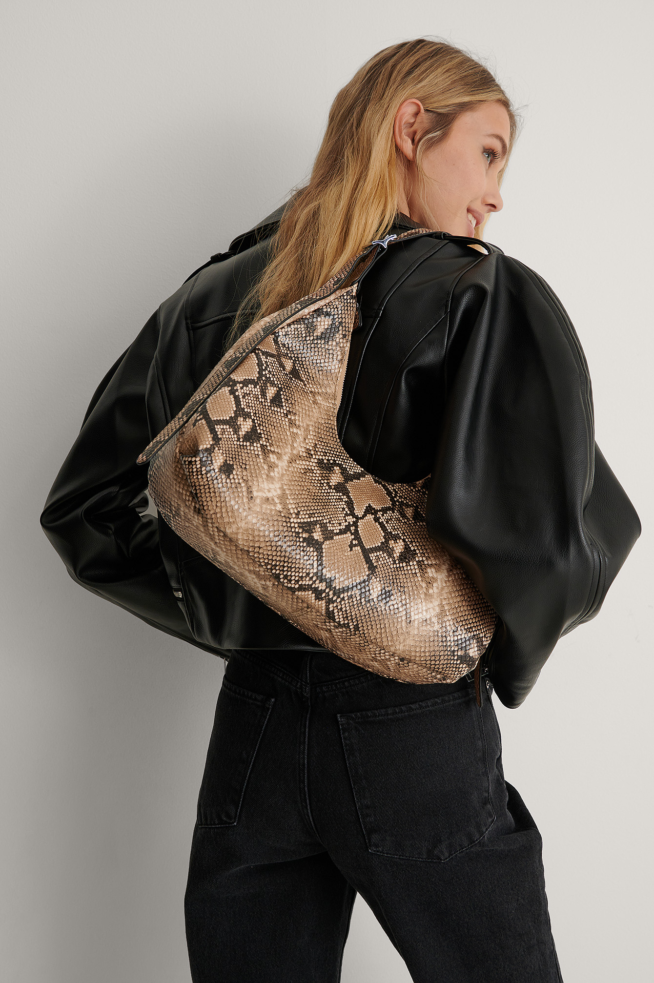 Snake Rounded Shoulder Bag