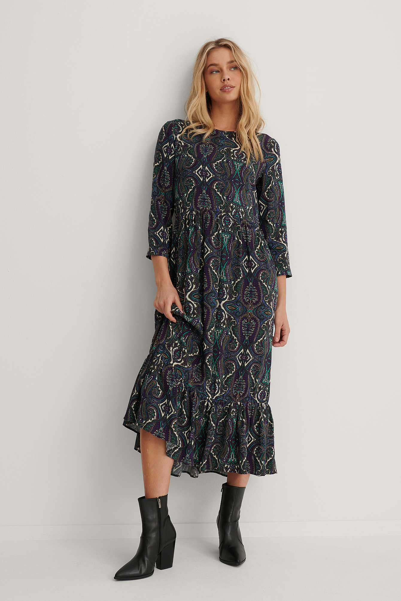 Paisley Print Ruffle Hem Round Neck Midi Dress