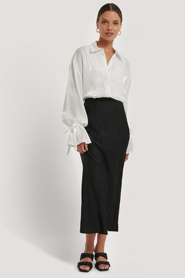 Satin Wrinkle Skirt Black