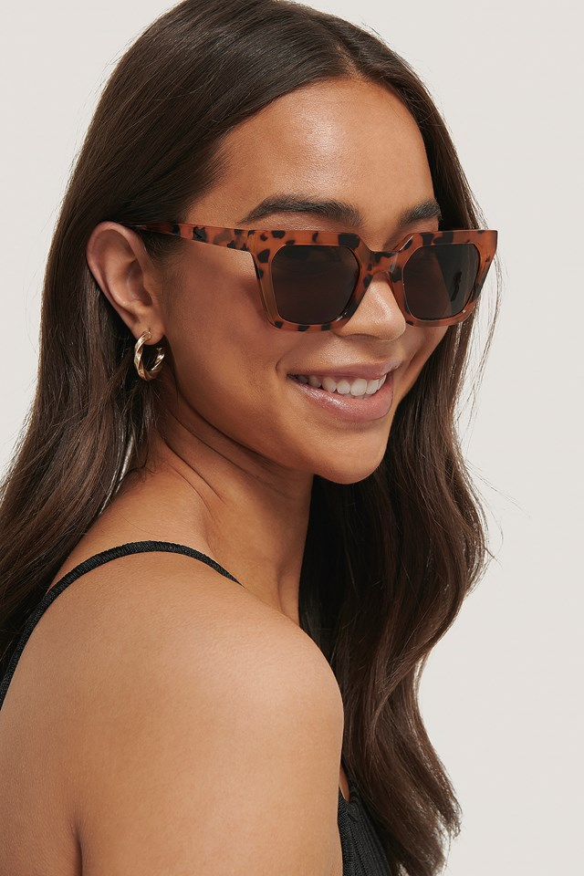 Sharp Edge Square Sunglasses Nude Tortoise