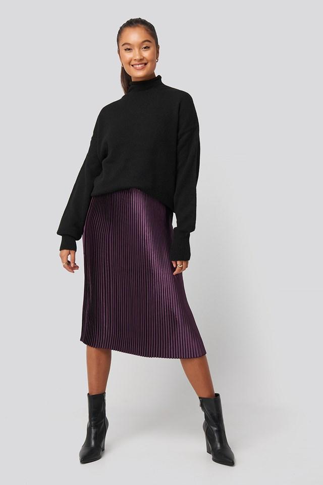 Shiny Pleated Skirt Dark Purple