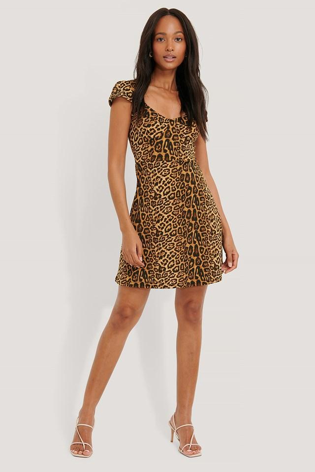 Short Sleeve Printed Mini Dress Leo