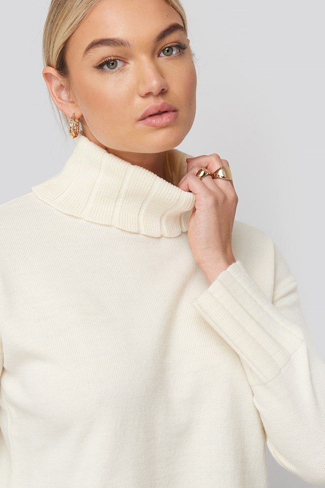 White Slouchy Turtle Neck Sweater