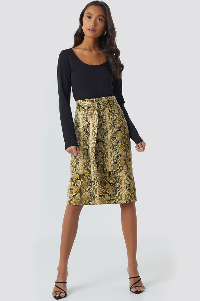 Snake Printed Belted PU Skirt Snake Print