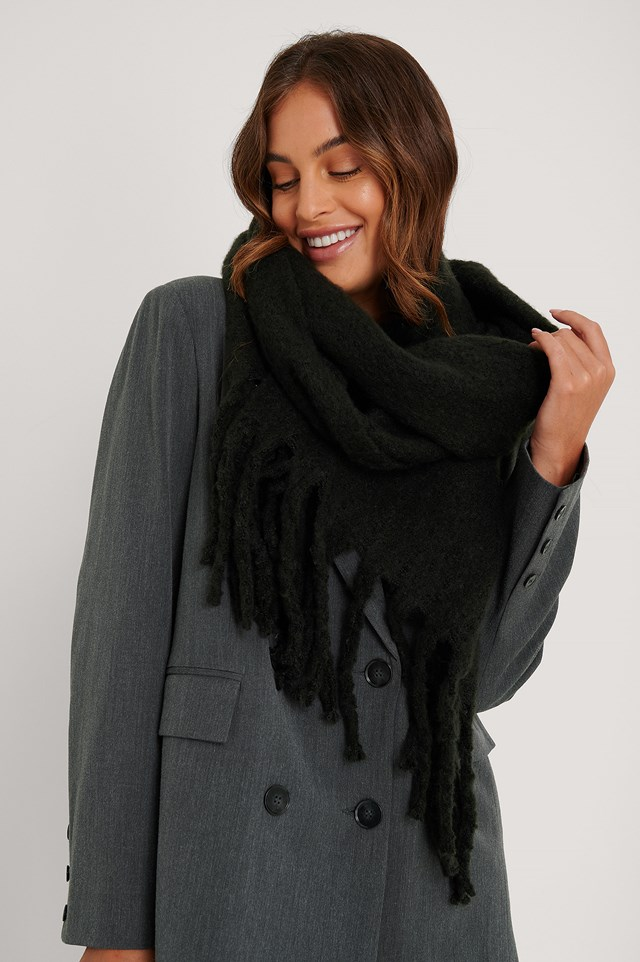 Soft Braided Tassel Scarf Black