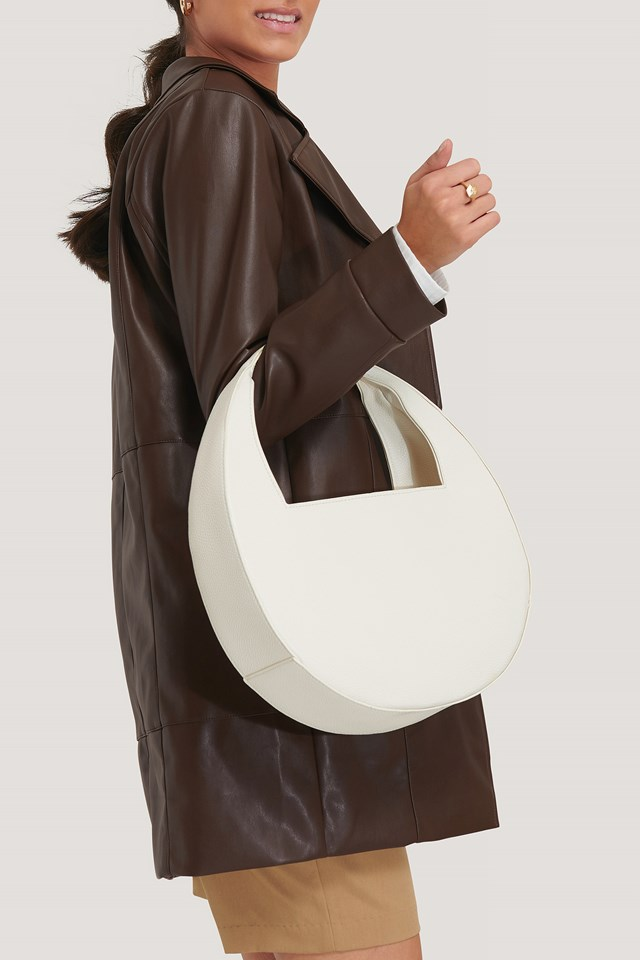 Squared Handle Moon Bag Offwhite